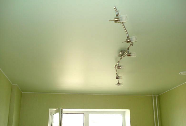 купить натяжные потолки из сатина